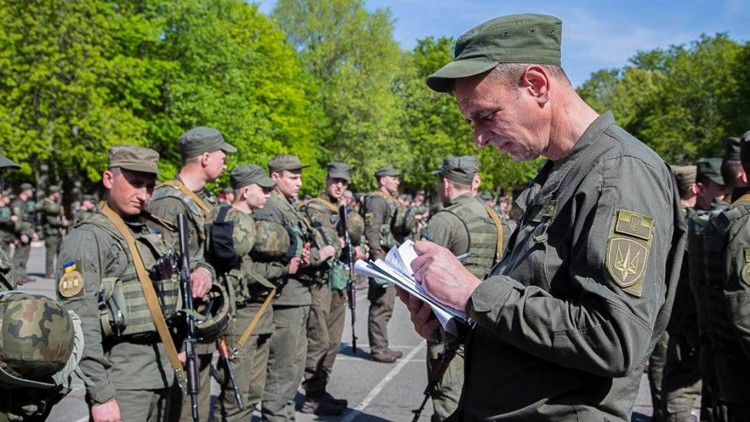 Военное положение или обычная охрана порядка? 1 августа на улицах в Украине появились военные патрули