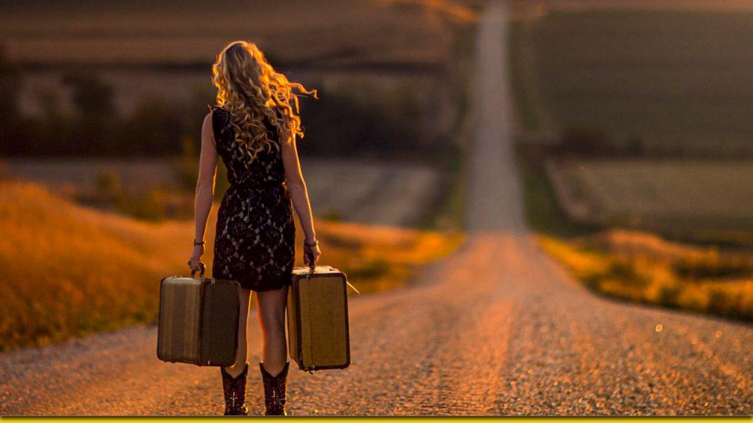 Краще бути самотньою, ніж боротися за пусті стосунки ... - жіноча думка