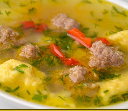 Ароматний суп з галушками і фрикадельками — всі просять добавки