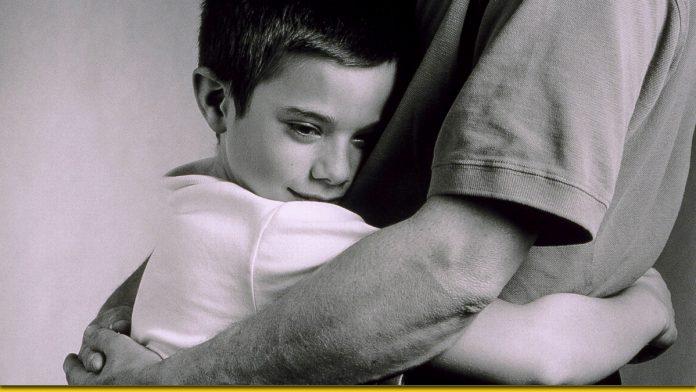 Чим більше обіймаєш дитину — тим розумнішою вона стає - думка вченого